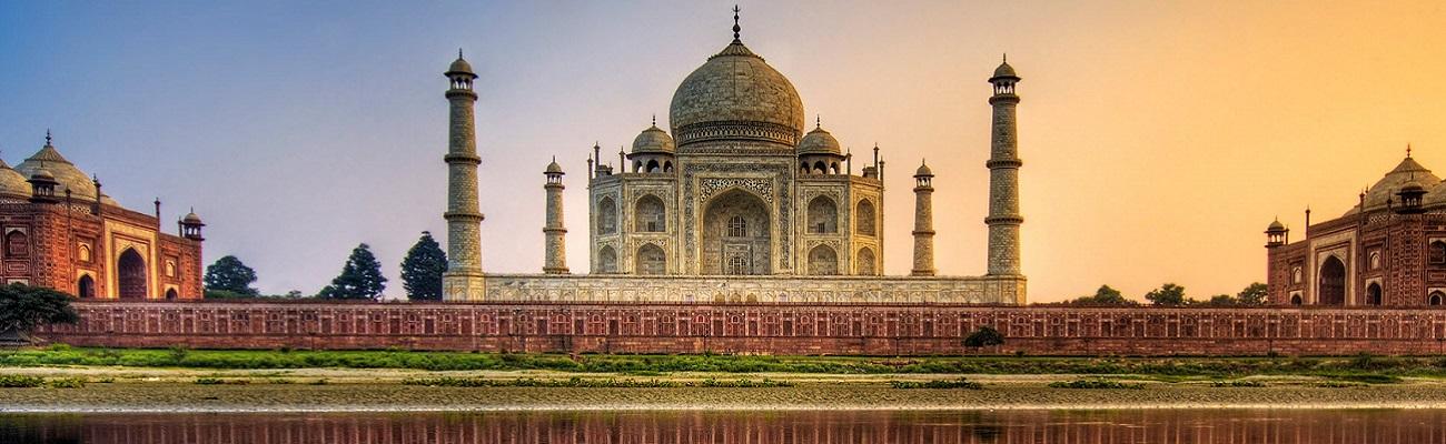 http://inde.circuit.voyage/wp-content/uploads/2016/09/taj-mahal-agra-india-1680x1050.jpg